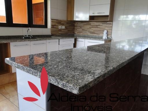 /admin/imoveis/fotos/BALCAOCOZINHA.jpg Aldeia da Serra Imoveis